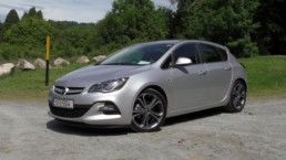 Opel Astra SRi Limited Edition car review