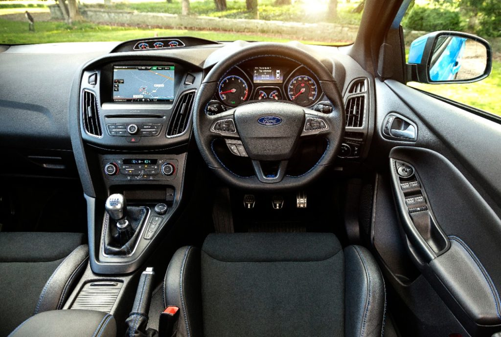 The interior of the 2016 Ford Focus RS