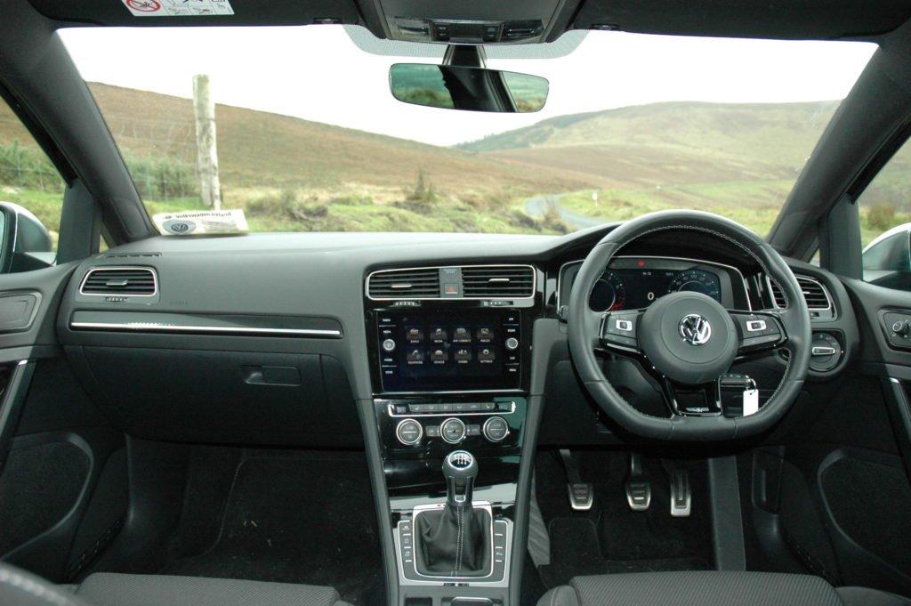 Volkswagen Golf R review ireland
