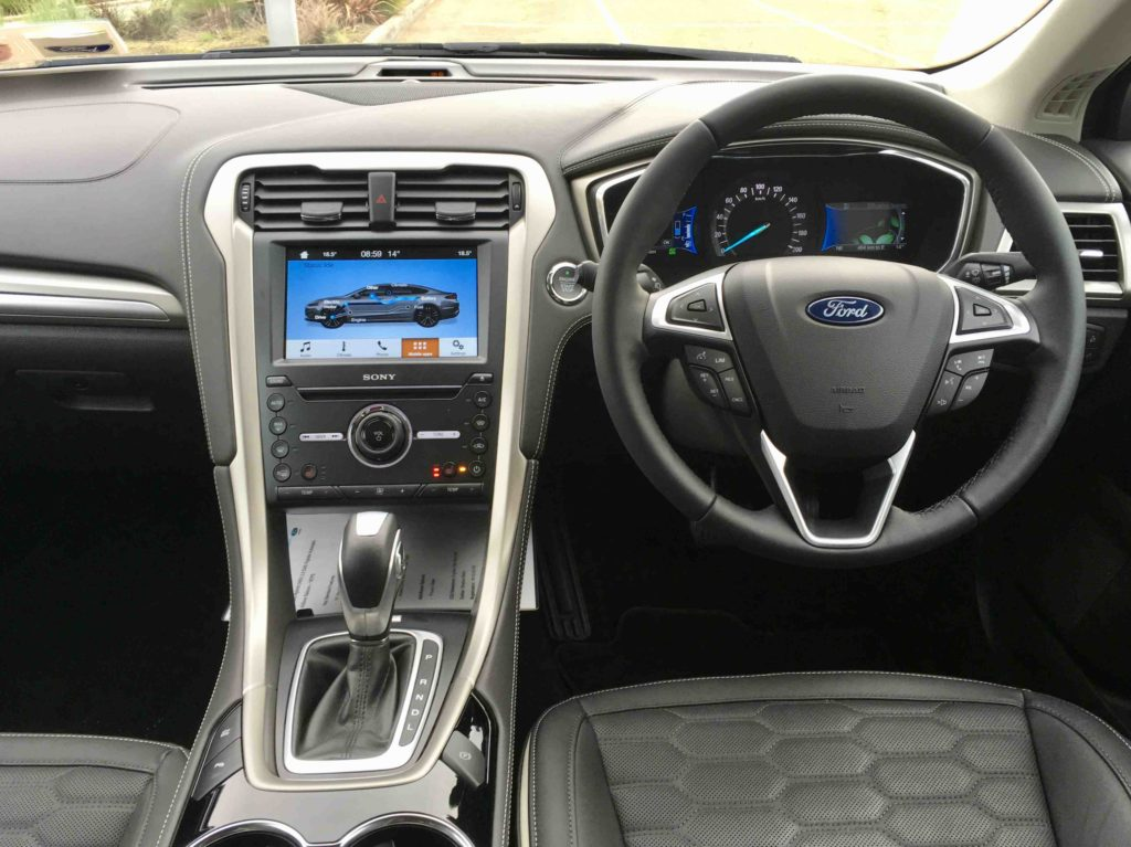 The interior of the Ford Mondeo Hybrid