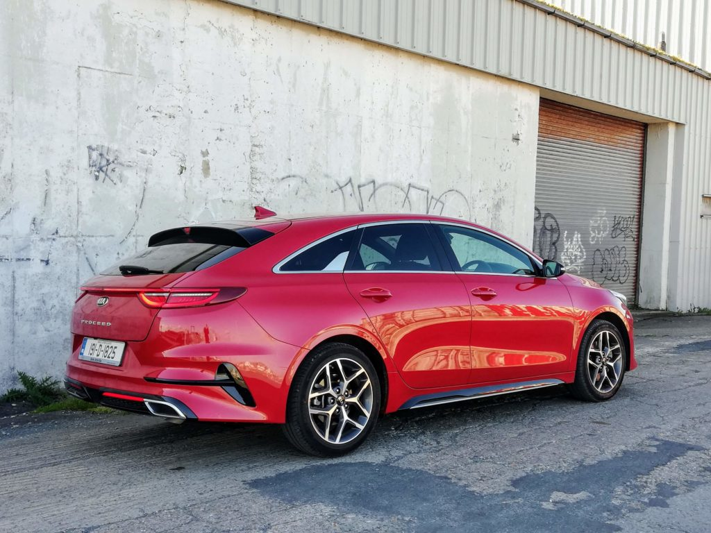 "The Kia ProCeed is a prestigious ""shooting brake"" for the compact class"