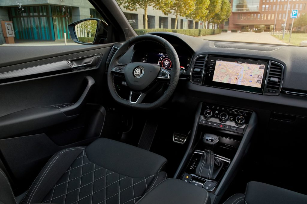 The interior of the Skoda Karoq Sportline