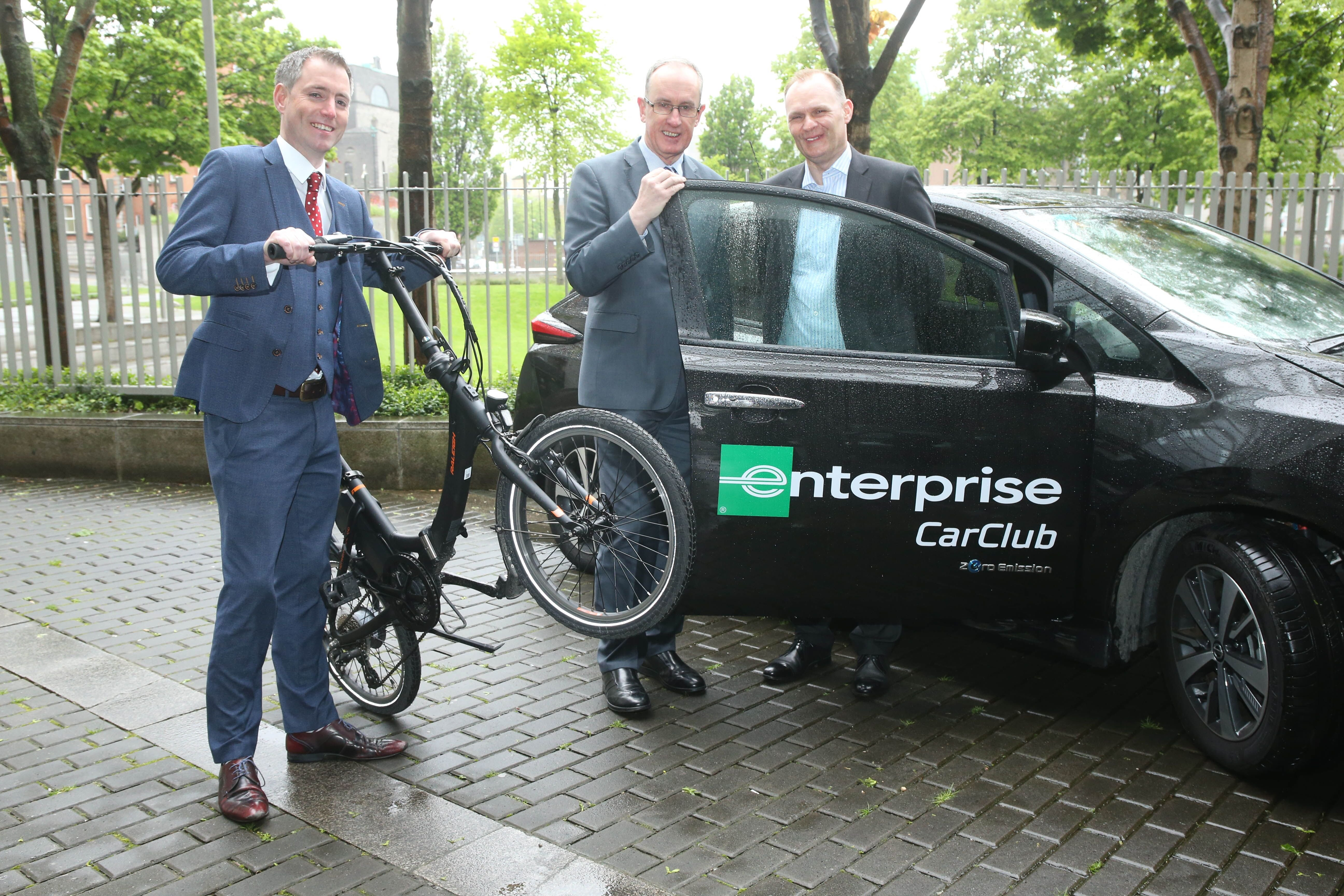 At the launch of the Dublin City Council Mobility Hub, Gary Killeen, Business Rental Sales Director, Enterprise Rent-A-Car Ireland; Owen Keegan, Chief Executive, Dublin City Council; and George O'Connor, MD of Enterprise Rent-A-Car Ireland.