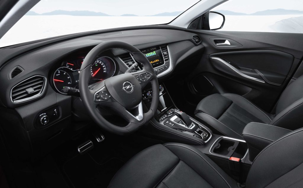 The interior of the new Grandland X Hybrid4