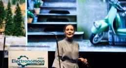 Clare Jones CCO What3words, speaking at Electronomous 2019