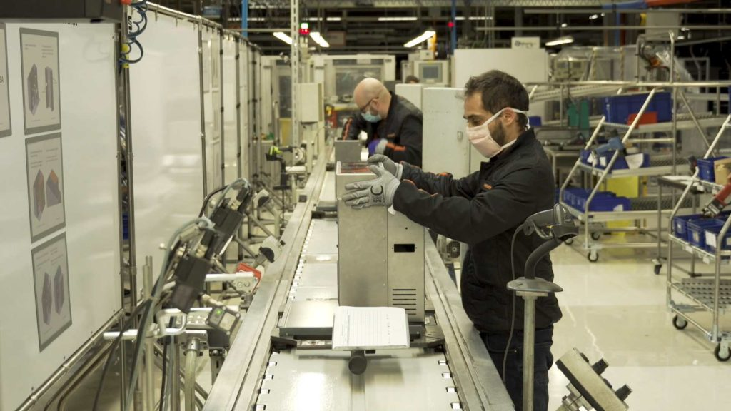 SEAT along with some other car manufacturers have switched some resources to the production of ventilators in the fight against COVID-19