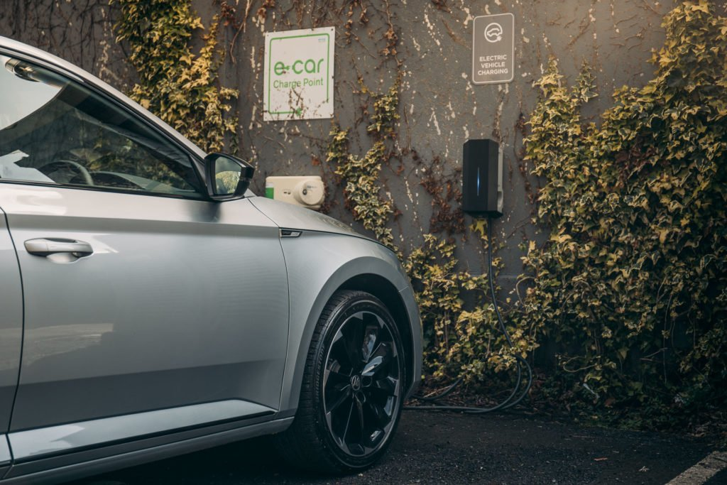 The new Superb can travel up to 62 km on electric power only