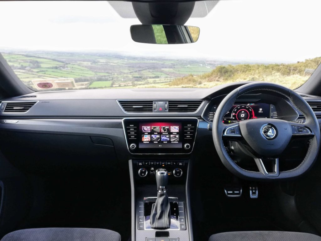 The interior of the new SKODA Superb Sportline