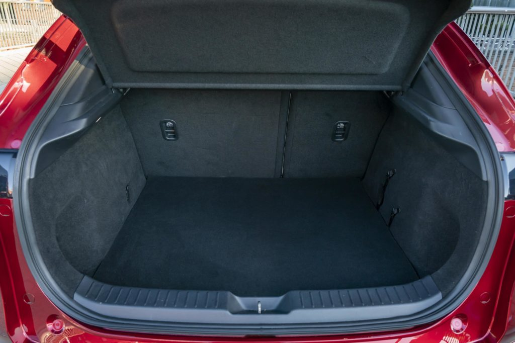 Boot space in the CX30