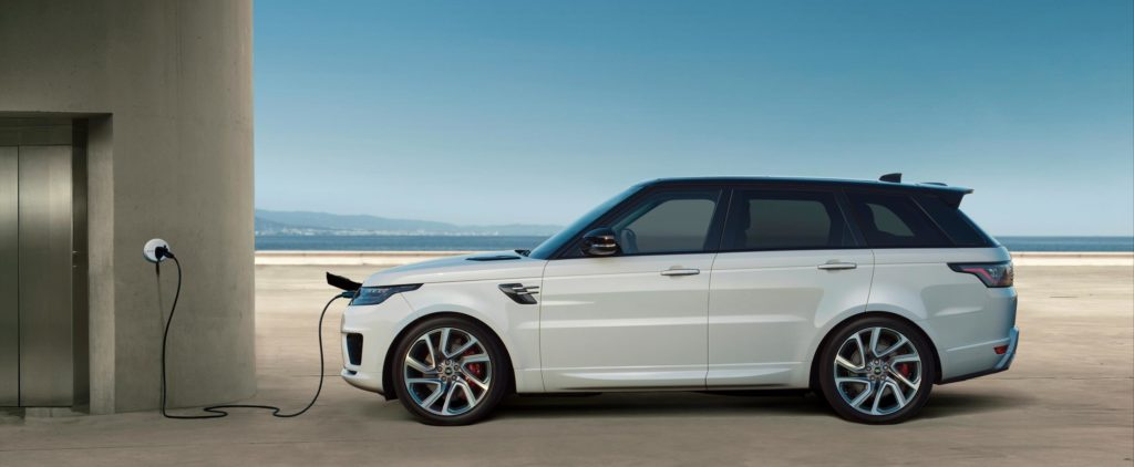 Range Rover now offers customers the choice of hybrid powertrain