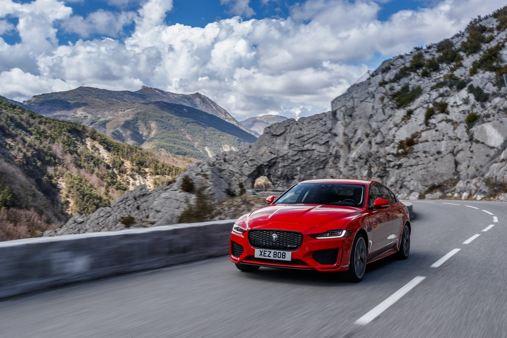 The Jaguar XE strikes a fine balance between comfort and performance