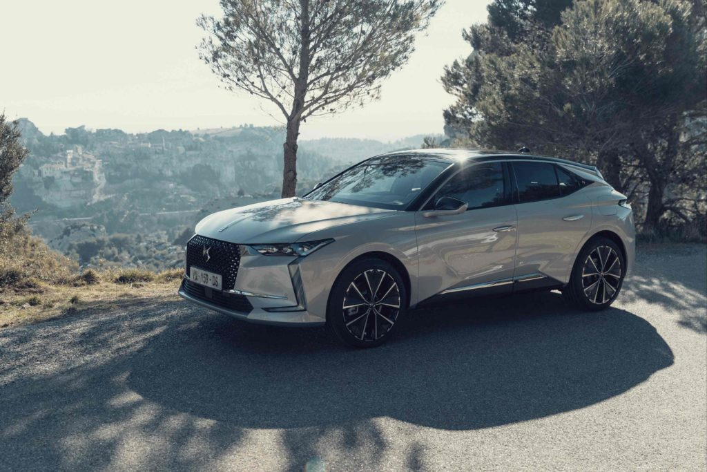 The new DS 4 is expected to go on sale in Ireland in early 2022!