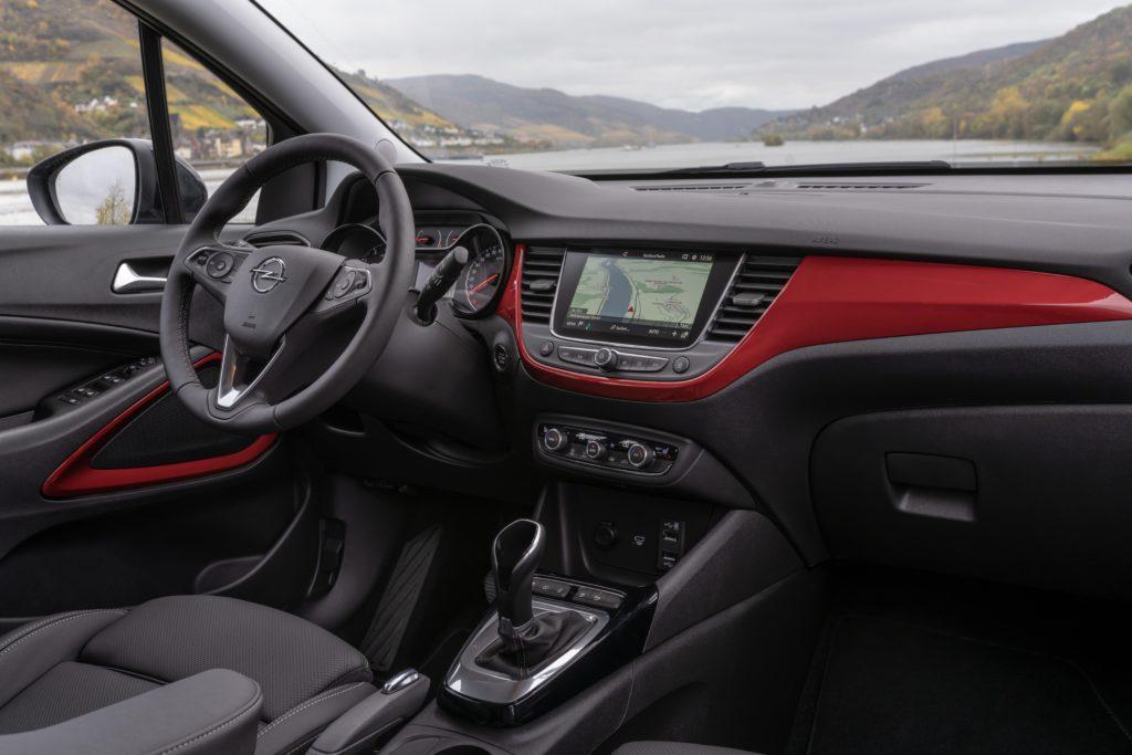 Inside the new Opel Crossland