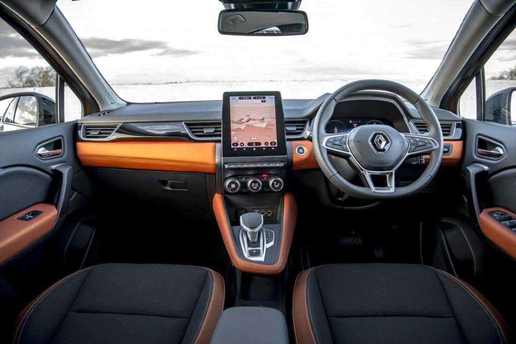 Inside the new Renault Captur E-TECH Hybrid