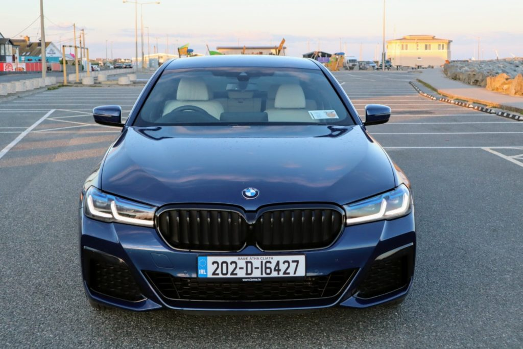 The new BMW 530e on test for Changing Lanes!