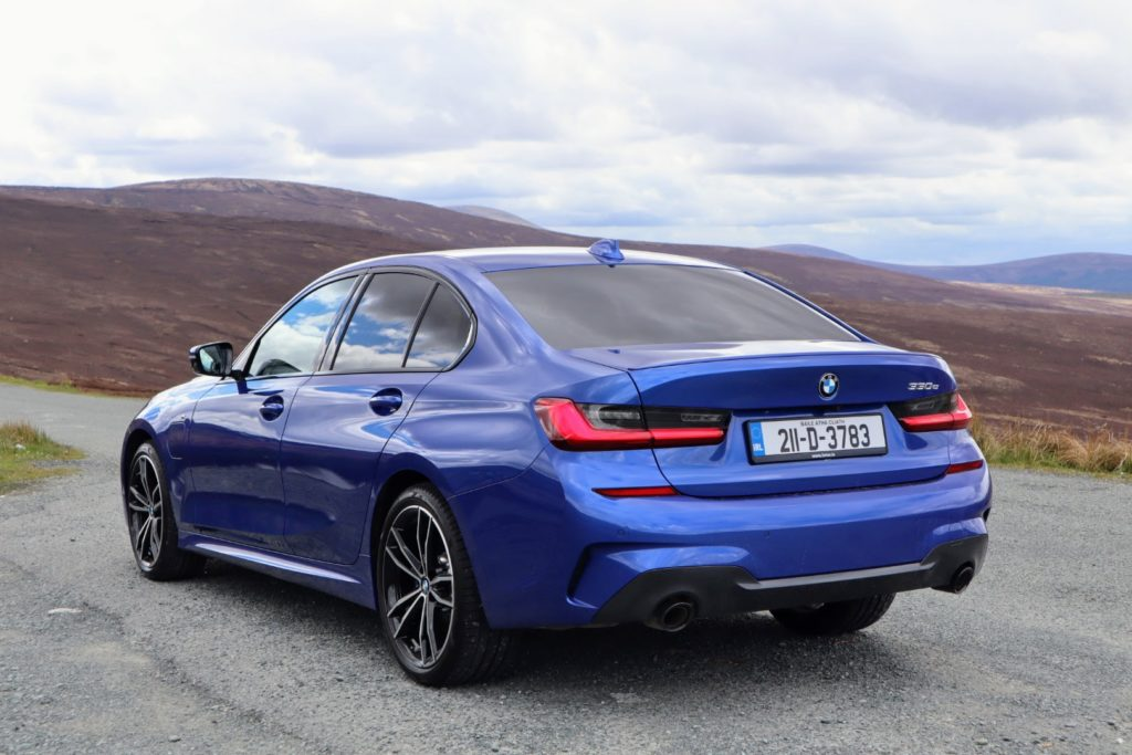 The BMW 330e is a plug-in hybrid offering an all-electric drive up to 60 km