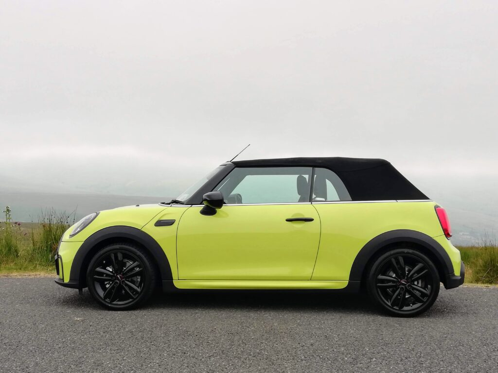 The impossibly fun and glam MINI Convertible!
