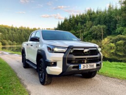 The Toyota Hilux on test for Changing Lanes!