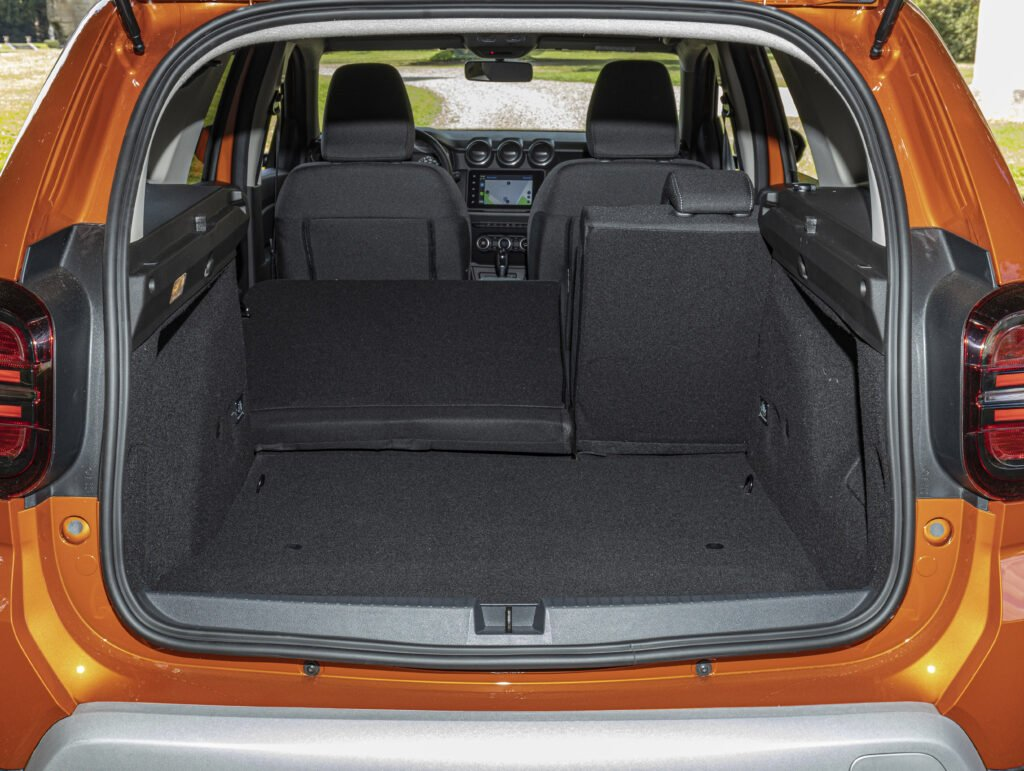 Boot space in the Dacia Duster