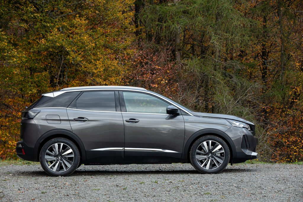 The Peugeot 3008 Hybrid offers buyers even more power and flexibility