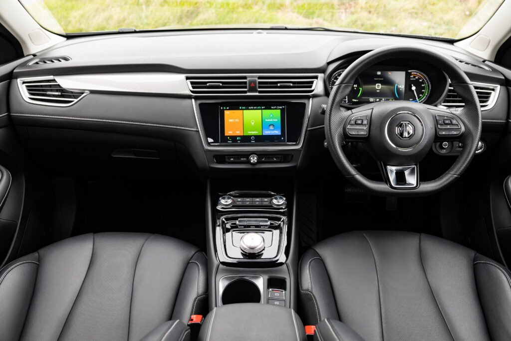The interior of the MG5